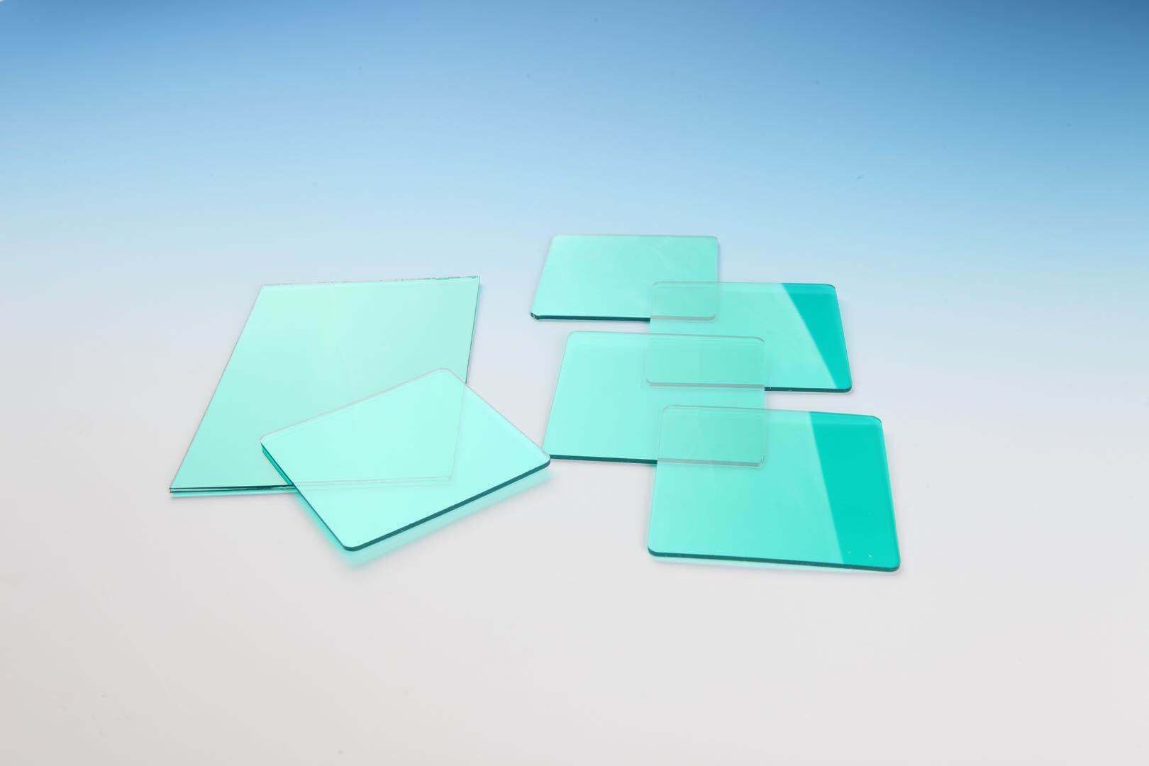 如何使多余水分远离APET片材挤出生产?