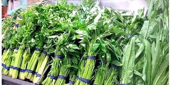 胶带扎蔬菜,正常食用不会有危害