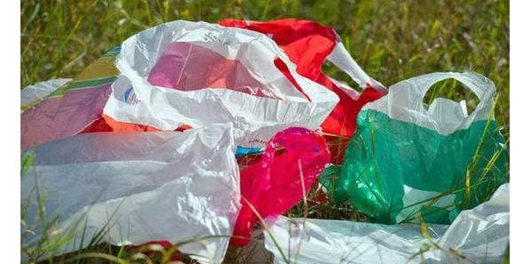 塑料制品使用率高 机构呼吁新加坡人减少使用