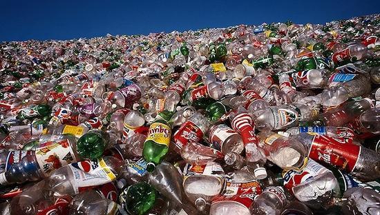 日本塑料垃圾保管量直逼上限 部分地方已超出保管量