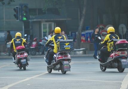美媒称中国外卖模式难持久:廉价劳动力减少
