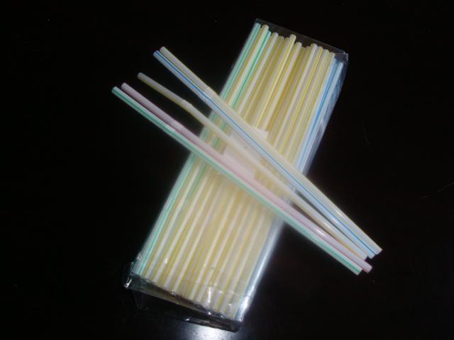 日本推出环保木制吸管 有望取代塑料吸管