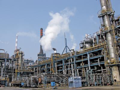 1-2月石油和化工行业经济运行平稳