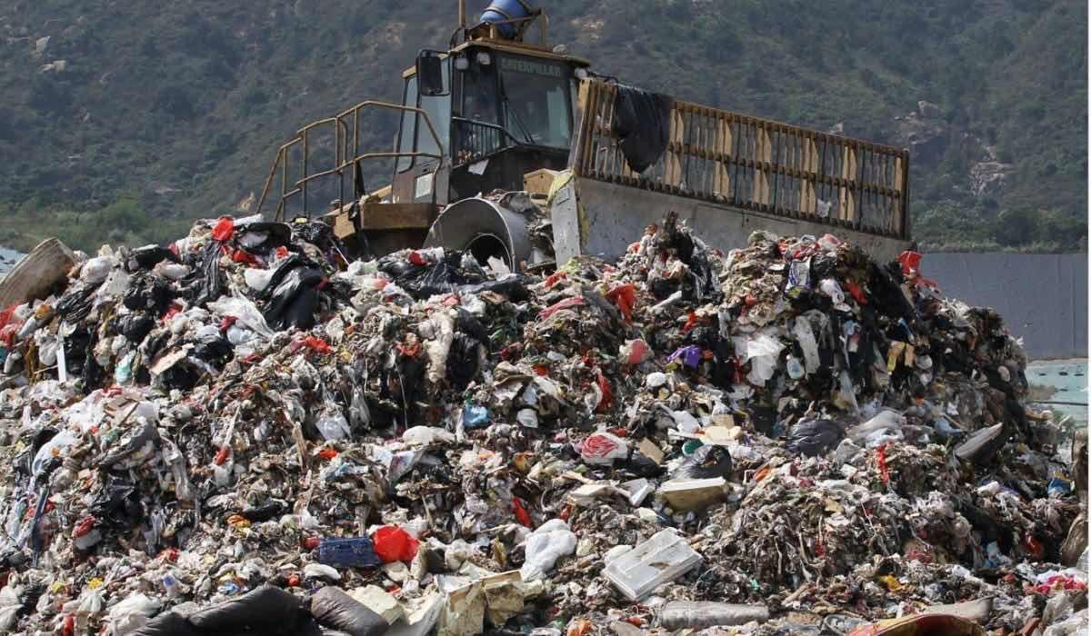 塑料垃圾转化可提供电力和燃料