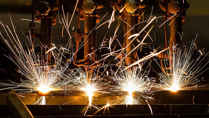 我国制造业规模世界第一 补齐短板韧性更强