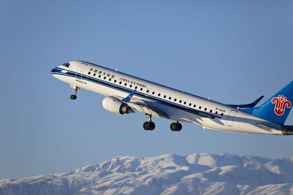 美国政府刚刚发布命令:暂停所有中国客运航班