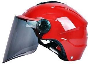 劣质电动车头盔监管难 生产标准何时统一