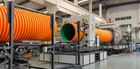 大连三垒DN1800 HDPE/PP双壁波纹管生产线一次性试机成功!